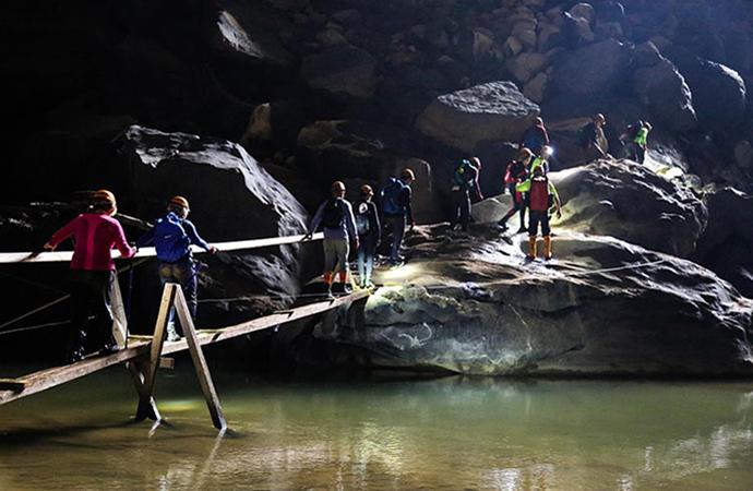 Exploring Phong Nha-Ke Bang National Park 3 Days